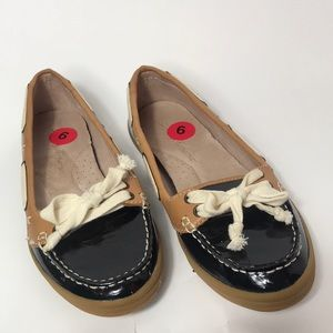Tommy Bahama Women Boat Shoes